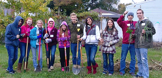 Students from The University of Akron participating in community service