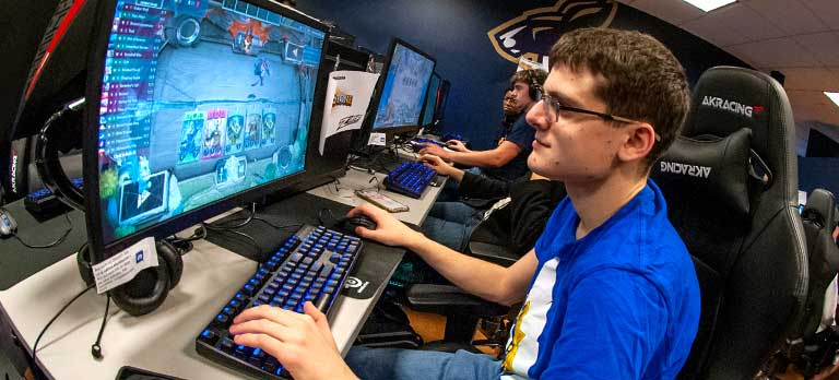 University of Akron esports facility for students on campus